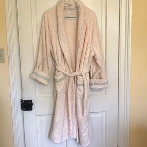 Luxurious cotton bathrobe by Frette, size M